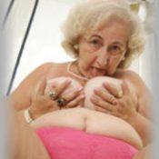 anziana vogliosa